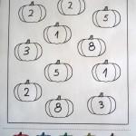 Оцвети тиквите според числото/буквата